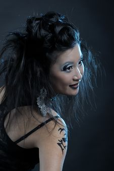 Free Gothic Asian Girl Royalty Free Stock Photography - 18521247