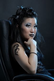 Free Gothic Asian Girl Royalty Free Stock Photography - 18521277