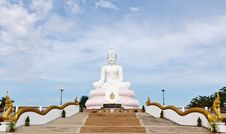 Free White Buddha Statue Royalty Free Stock Photography - 18523207