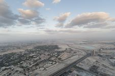 Free View Over Dubai Royalty Free Stock Photo - 18525335