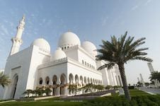 Free Grand Mosque Royalty Free Stock Image - 18525386