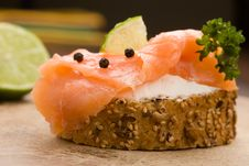 Free Slice Of Bread With Smoked Salmon Stock Photo - 18525530