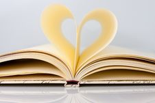Heart Shape With Pages Of Book Royalty Free Stock Images