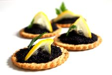 Free Caviar And Lemon On A Biscuit Stock Image - 18530901