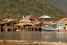 Free Thai Fishing Village Royalty Free Stock Photos - 18534218
