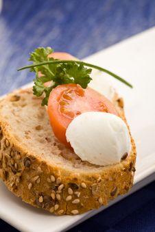 Free Sandwich With Tomatoe And Mozzarella Stock Image - 18534301