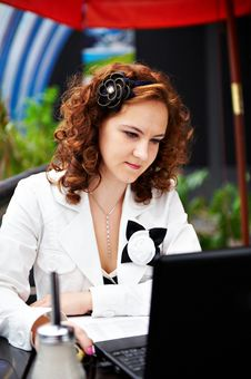 Free Young Woman In Cafe With Laptop Stock Image - 18537941