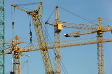 Free Six Construction Cranes Royalty Free Stock Images - 18542849