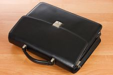 Free Fashionable Leather Briefcase On A Table Stock Photo - 18543900