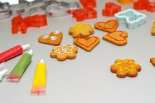 Free Gingerbread Shapes Royalty Free Stock Images - 18543909