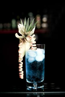 Free Blue Lagoon Cocktail Stock Photography - 18544352