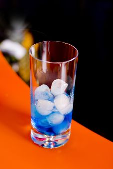 Free Blue Lagoon Cocktail Royalty Free Stock Images - 18544369