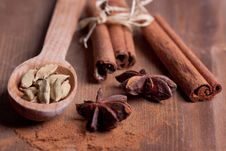 Free Cinnamon, Anise, Cardamom Stock Photography - 18546952