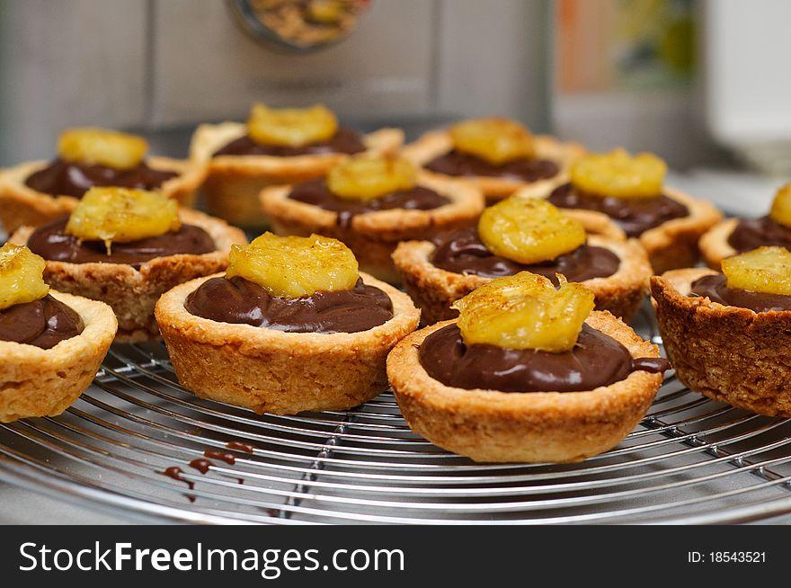 Chocolate ganache and banana tarts