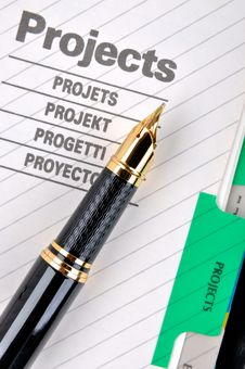 Free Fountain Pen On Project Royalty Free Stock Photos - 18550018
