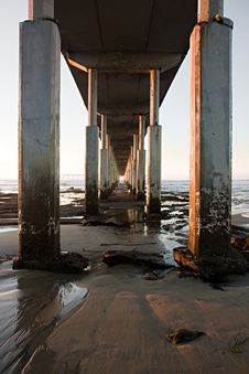 Free Underneath Pier Royalty Free Stock Image - 18551786