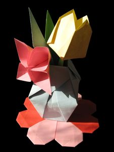 Free Origami Tulip Bouquet Isolated On Black Stock Photos - 18555053