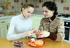Free Eating Couple Stock Photography - 18560892