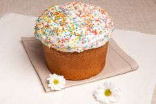 Free Easter Cake And White Flowers Royalty Free Stock Photo - 18561975