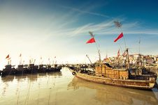 Free Fishermen Of China Royalty Free Stock Photography - 18563297