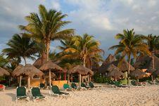Free Holiday Resort In Playa Del Carmen - Mexico Stock Photo - 18565040