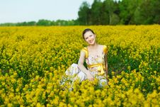 Free Woman On Yellow Field Royalty Free Stock Images - 18570599
