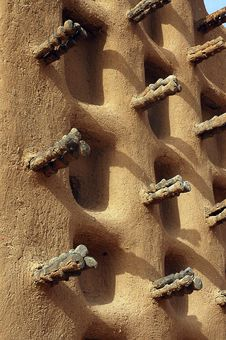 Free Side Wall Of A Dogon Mud Mosque Stock Image - 18572221