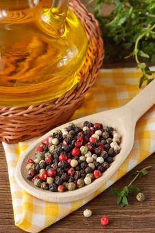 Free Colorful Peppercorns. Stock Photography - 18573132