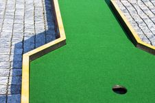 Free Putting Focus On Hole Royalty Free Stock Images - 18577039