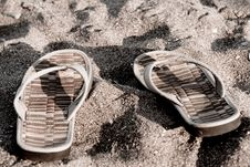 Free Flip Flops On The Beach Vintage Stock Images - 18580424