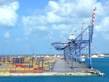 Free Tropical Loading Bay Stock Photo - 18582050