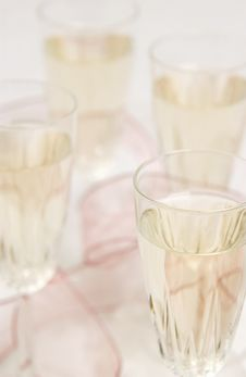 Free Champagne Glasses Royalty Free Stock Photography - 18582747