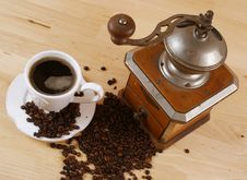 Free Coffee And Coffee Grinder Stock Photography - 18584602