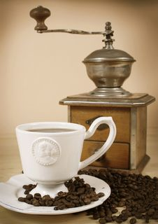 Free Coffee And Coffee Grinder Stock Photo - 18584610
