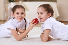 Free Twin Sisters Together At Home Royalty Free Stock Photo - 18586575