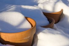 Free Pots In Snow Stock Images - 18586614