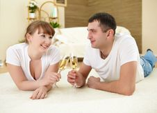 Free Couple At Home Drinking Champagne Royalty Free Stock Photos - 18586838