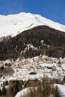 Free Alpine Village Royalty Free Stock Image - 18590686