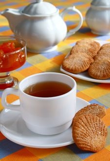 �up Of Tea And Cookies. Royalty Free Stock Image
