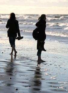 Free Walk Barefoot Stock Images - 1861744