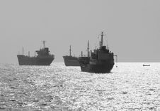 Free Three Small Oil Tanker At Anchor Royalty Free Stock Image - 1866406