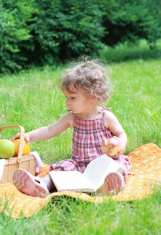 Free Small Lovely Girl In The Park Royalty Free Stock Image - 18600216