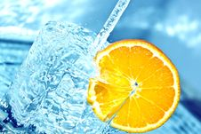 Free Orange In Water Splash Royalty Free Stock Photo - 18600375