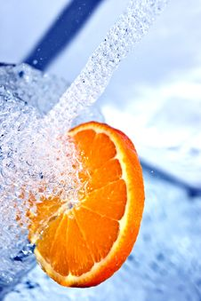 Free Orange In Water Splash Stock Photo - 18600390