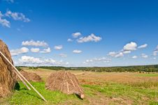 Free Blue Sky And Clouds Over Green Hills Royalty Free Stock Images - 18603189