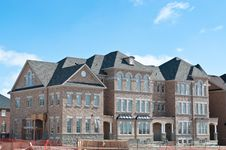 Free New Townhomes Under Construction Royalty Free Stock Images - 18604999