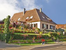 Free Country House. Alsace. France Royalty Free Stock Photo - 18607145