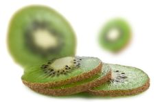 Free Fresh Organic Kiwi Fruit Royalty Free Stock Images - 18609329