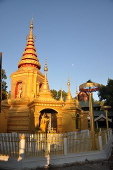Free Golden Pagoda Stock Photo - 18609660