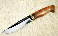 Free The Hunting Knife Royalty Free Stock Image - 18612986